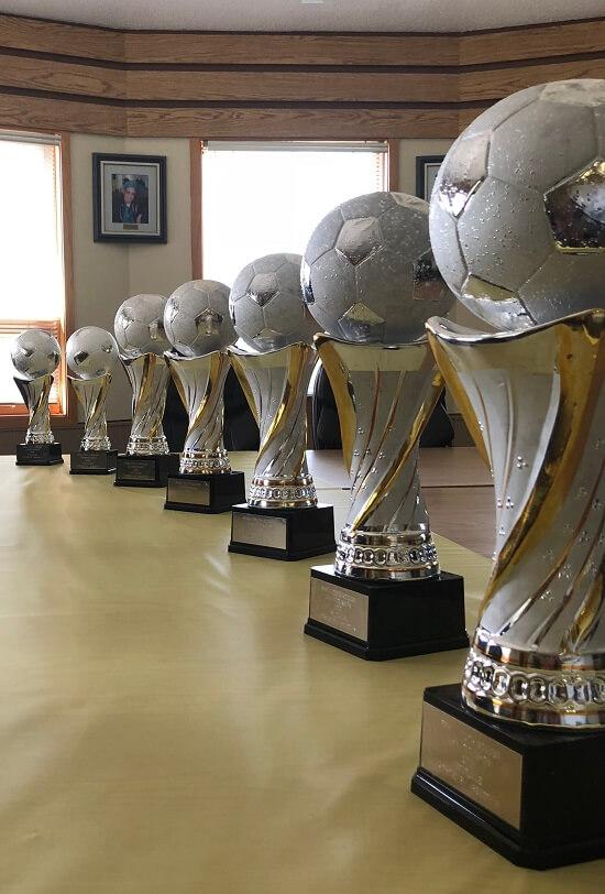 soccer_trophies[1].jpg