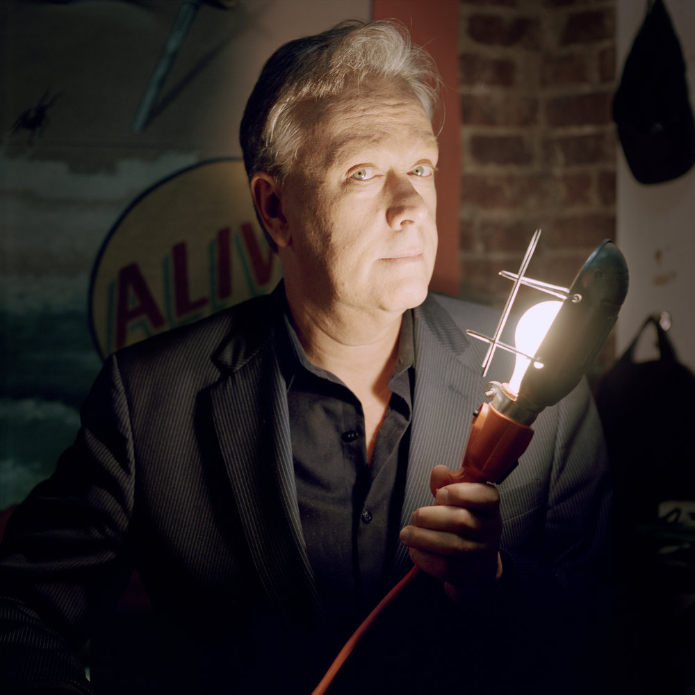 Todd Robbins, Light Bulb Eater, 2014