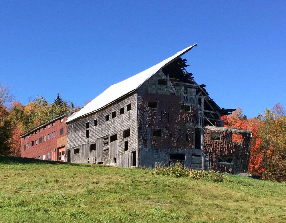 Kate Eickelberg | Maine Barn Exterior