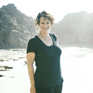 Dr. Renee Lertzman is a climate psychologist, consultant and teacher.