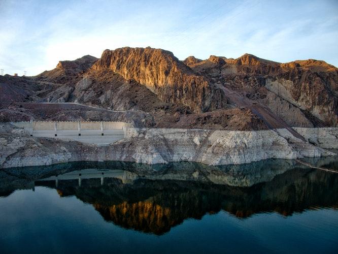 Hoover Dam Lake Mead Arizona.jpg