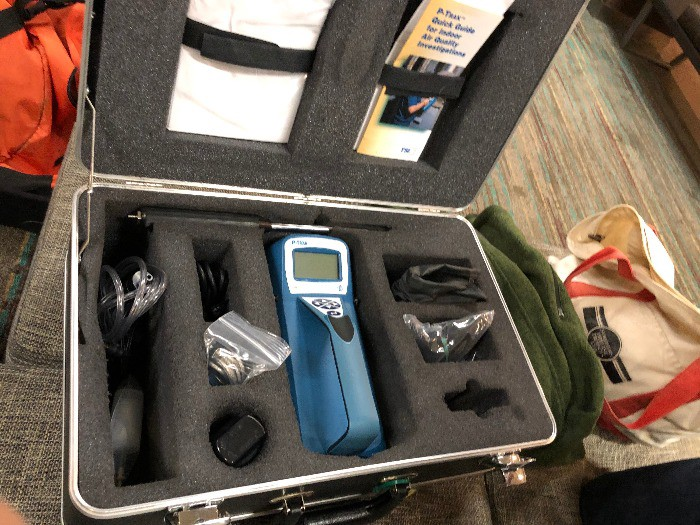 Dr. Kennedy took measurements using this P-TRAK Ultrafine Particle Counter. Using this instrument, he measured air pollution every second for one minute, and created an average for each minute.