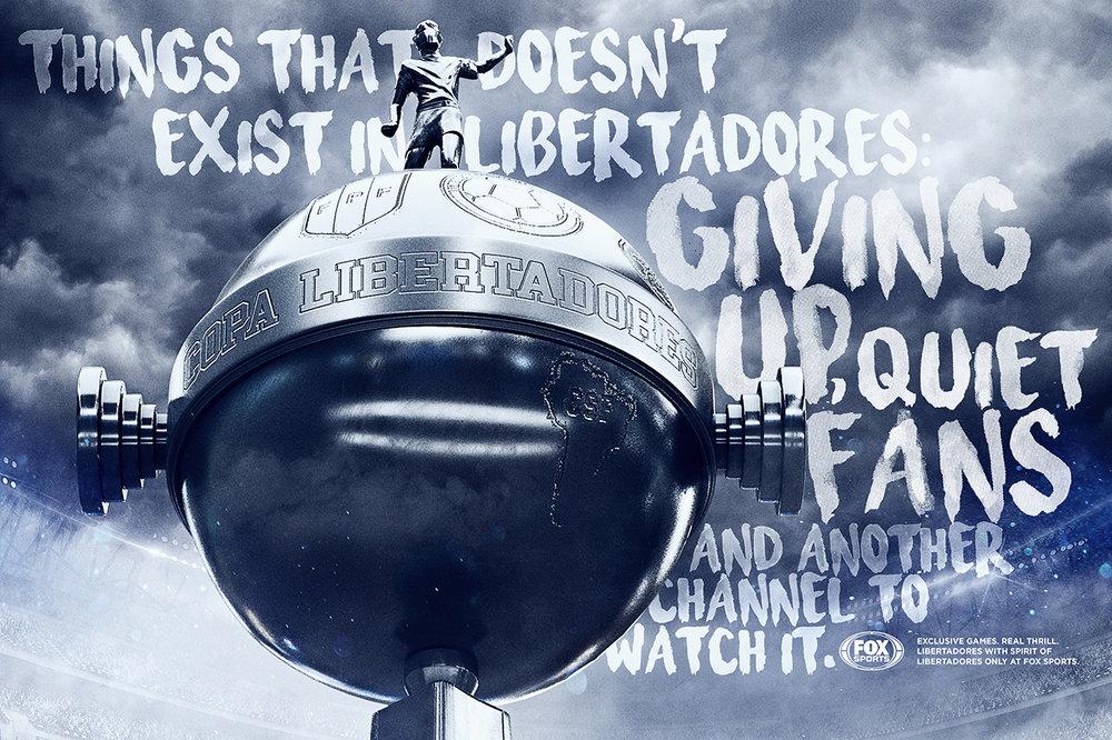 Coisas que não existem na Libertadores: bola perdida, torcedores calados e assistir em outro canal.