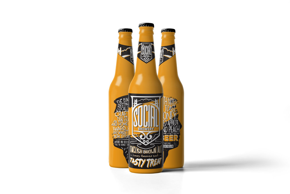 02_Beer-Mock-up_three-bottles_perspective-view.jpg