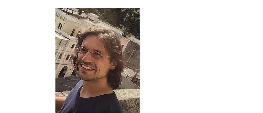 DANIEL NEHM - Estudió cine en Viena y París, trabajó en documentales para cine y televisión (ARTE y BBC) e hizo varios corto metrajes, entre otros Mues (Mudas, 2017) y Bleu Blanc Rouge (2016). Adicionalmente trabajó como curador para festivales de cine, programador de salas de cine y critico de cine.