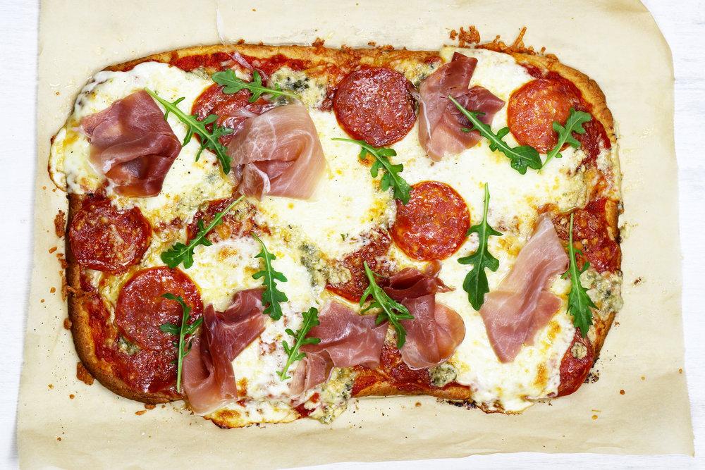 LOW CARB KETO THIN CRUST PIZZA RECIPE.jpg