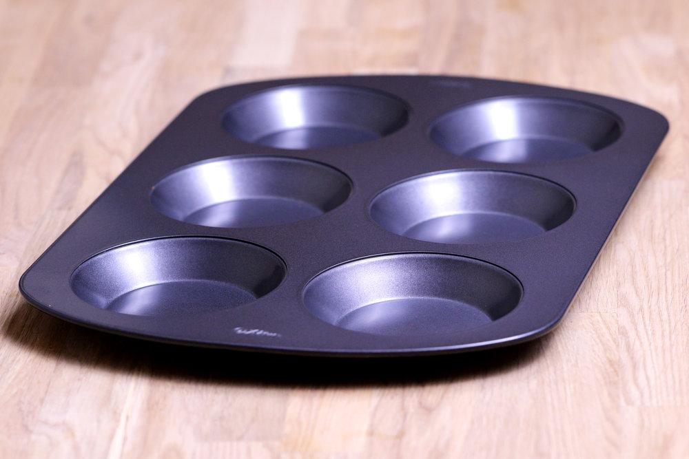 BREAD ROLL BAKING PAN.jpg