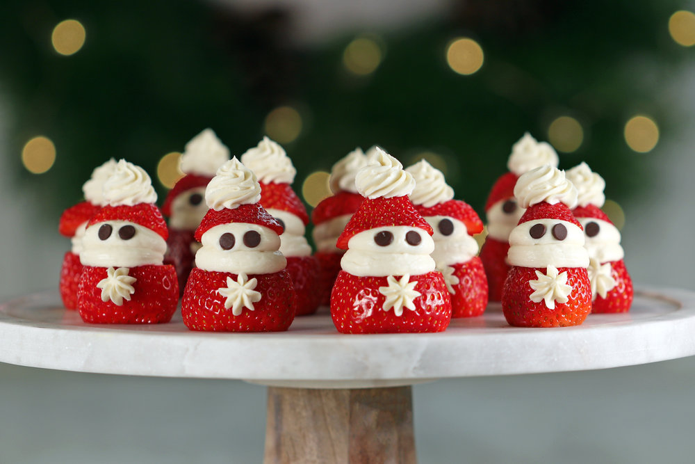 CHRISTMAS STRAWBERRY SANTA'S RECIPE.jpg
