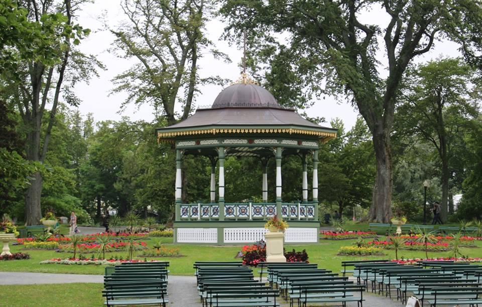 bandstand_best.jpg
