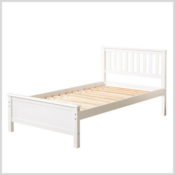Little Girl Bed 10.png