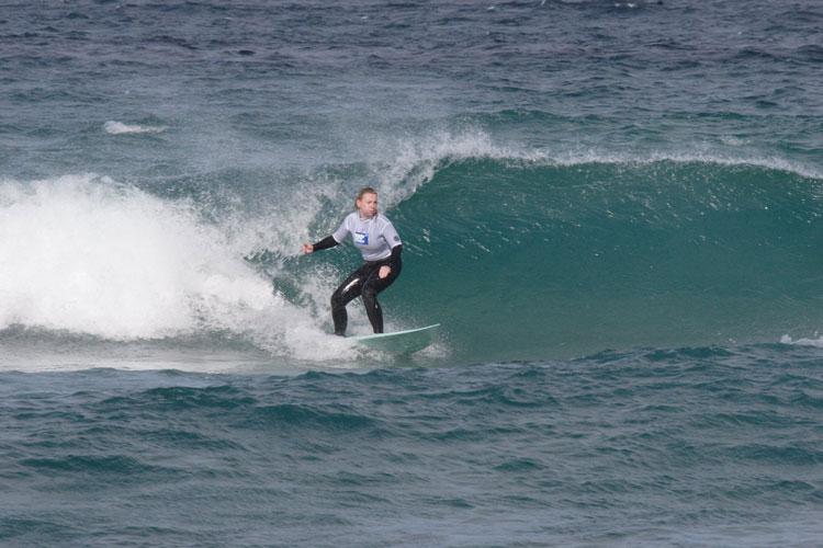 nicole-surfing.jpg