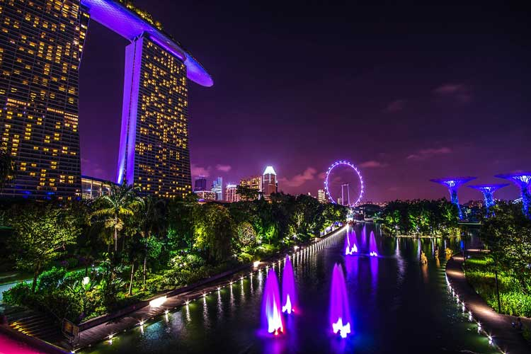 marina-bay-of-singapore-2714866_1280.jpg