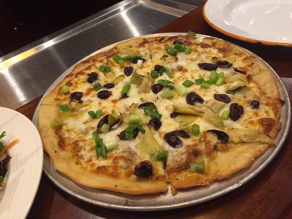 We ordered the wood fired oven cooked gluten free crust with kalamata olives, artichokes and fresh green onions.