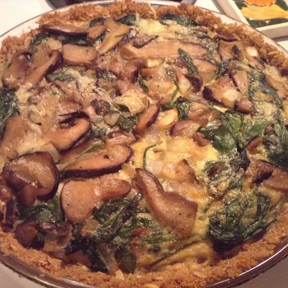 Quiche 1  - Beautifully baked quiche, too bad the crusty was too thick and soggy, and the mushrooms were too big.