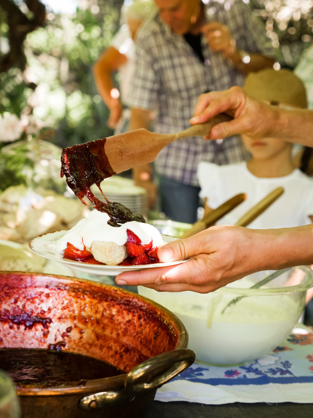 TheRanchTable_StrawberryGathering_June3-89.jpg