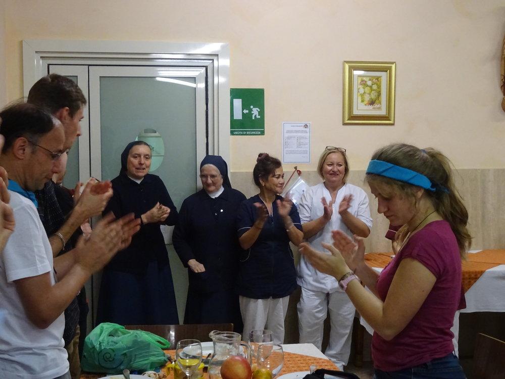 Remerciements aux religieuses et le personnel qui nous ont bien accueillis !