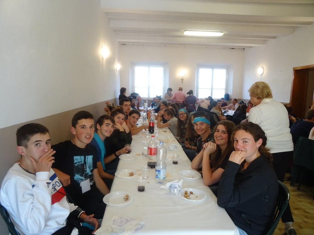 21 octobre : Repas et accueil par la paroisse à Porcari