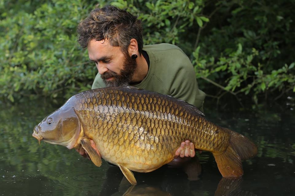Gaz Fareham - Once again on the Carpin' On stage, Gaz Talks Subsurface, and his own angling.