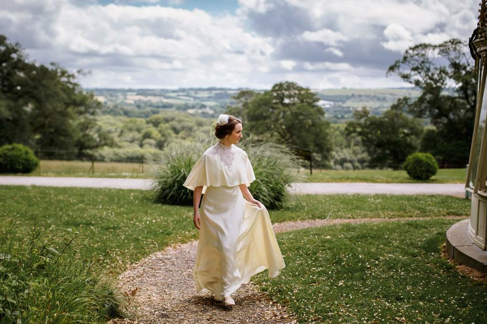 claires vintage wedding dress 7.jpg