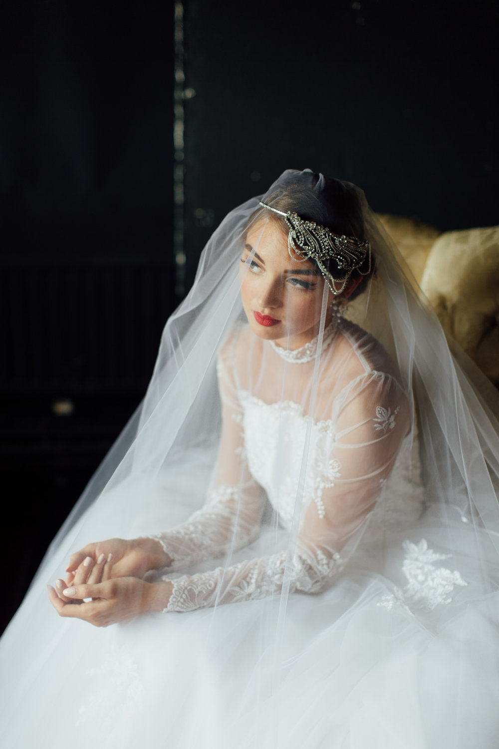 Tulle Veils   Dirty Fabulous has an extensive collection of beautifully soft, new tulle veils. Whether you desire a simple, diaphanous veil or intricate, lace trimmed show-stopper; we have modern veils to suit all tastes. Short, fingertip, elbow, chapel and cathedral lengths available.