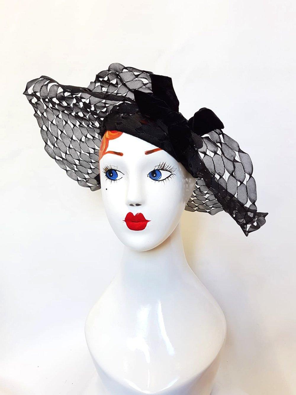 1940's black open weave hat