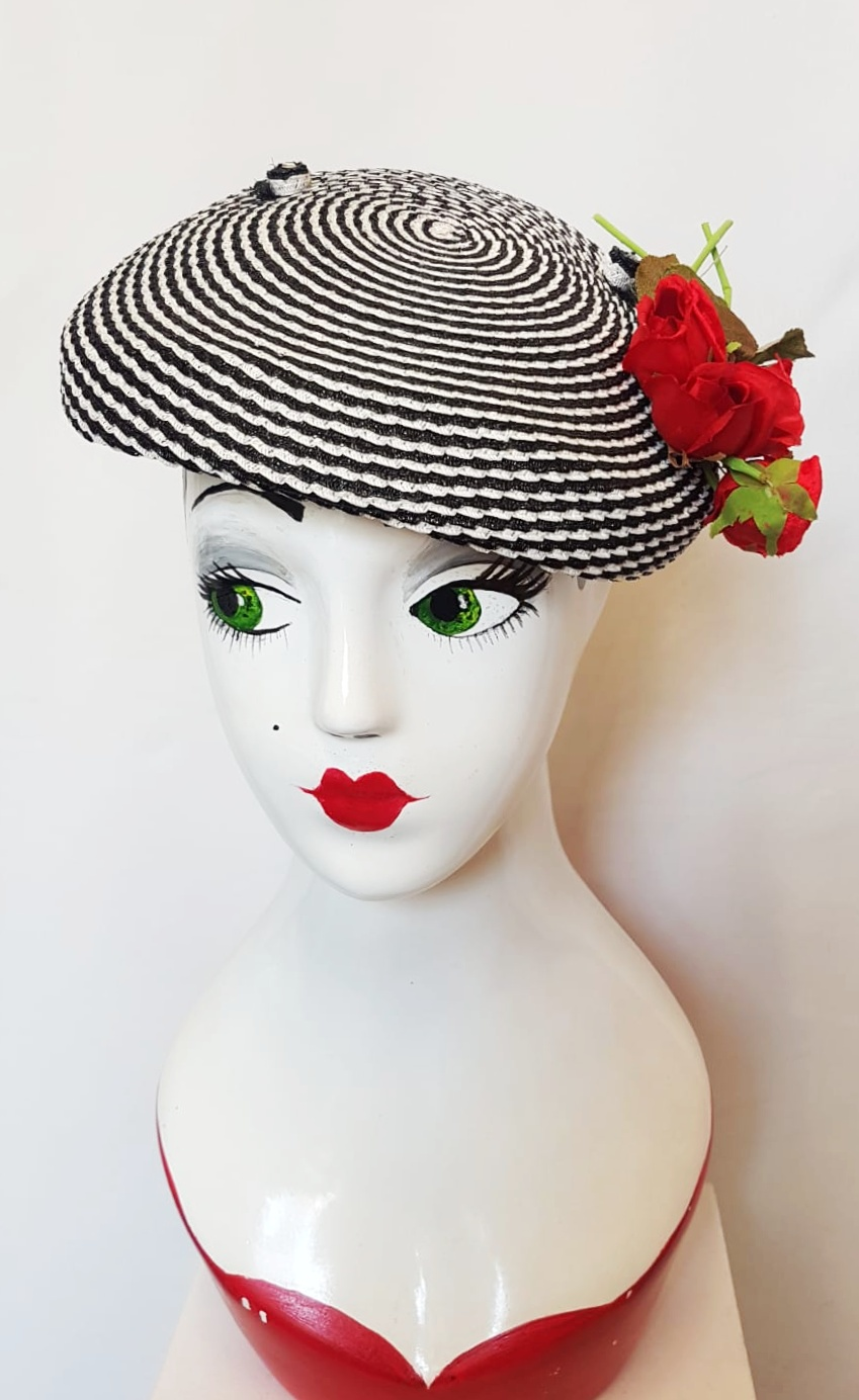 1940's black and white woven beret with roses
