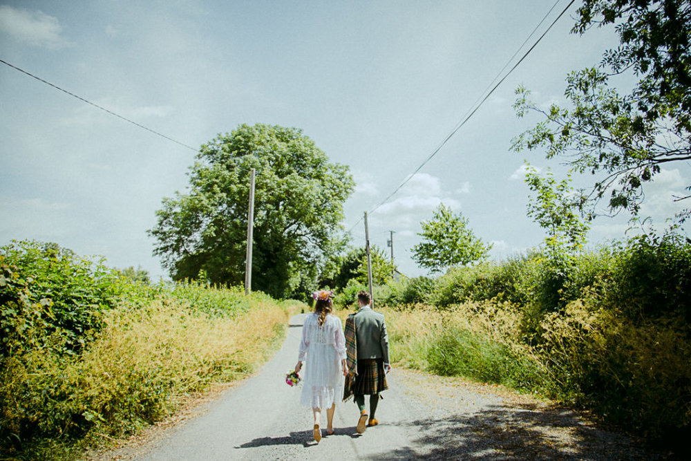 Farm-Wedding-at-Home-in-Kilkenney-by-Siobhan-Byrne-Photography-30.jpg