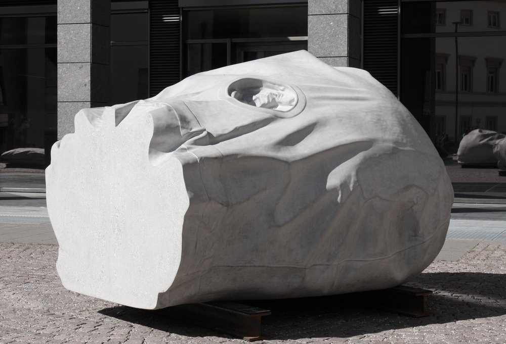 Kopf II 2014  Beton  210 x 160 x 130 cm