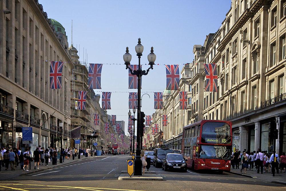 1200px-Regent_Street_London.jpg