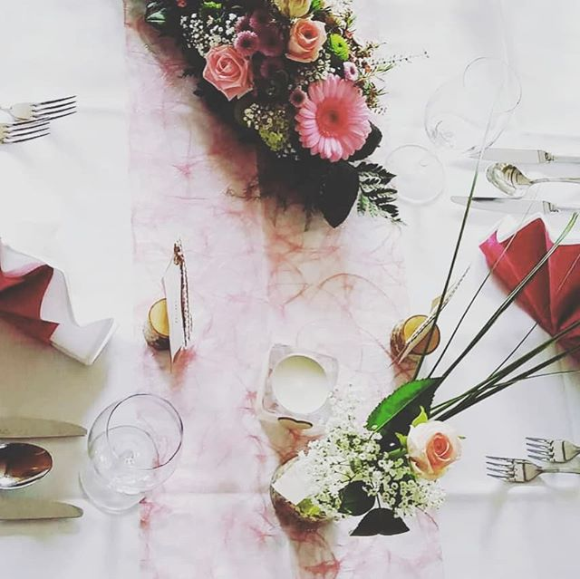 #hochzeit #floristik #blumen #deko #volleblüte