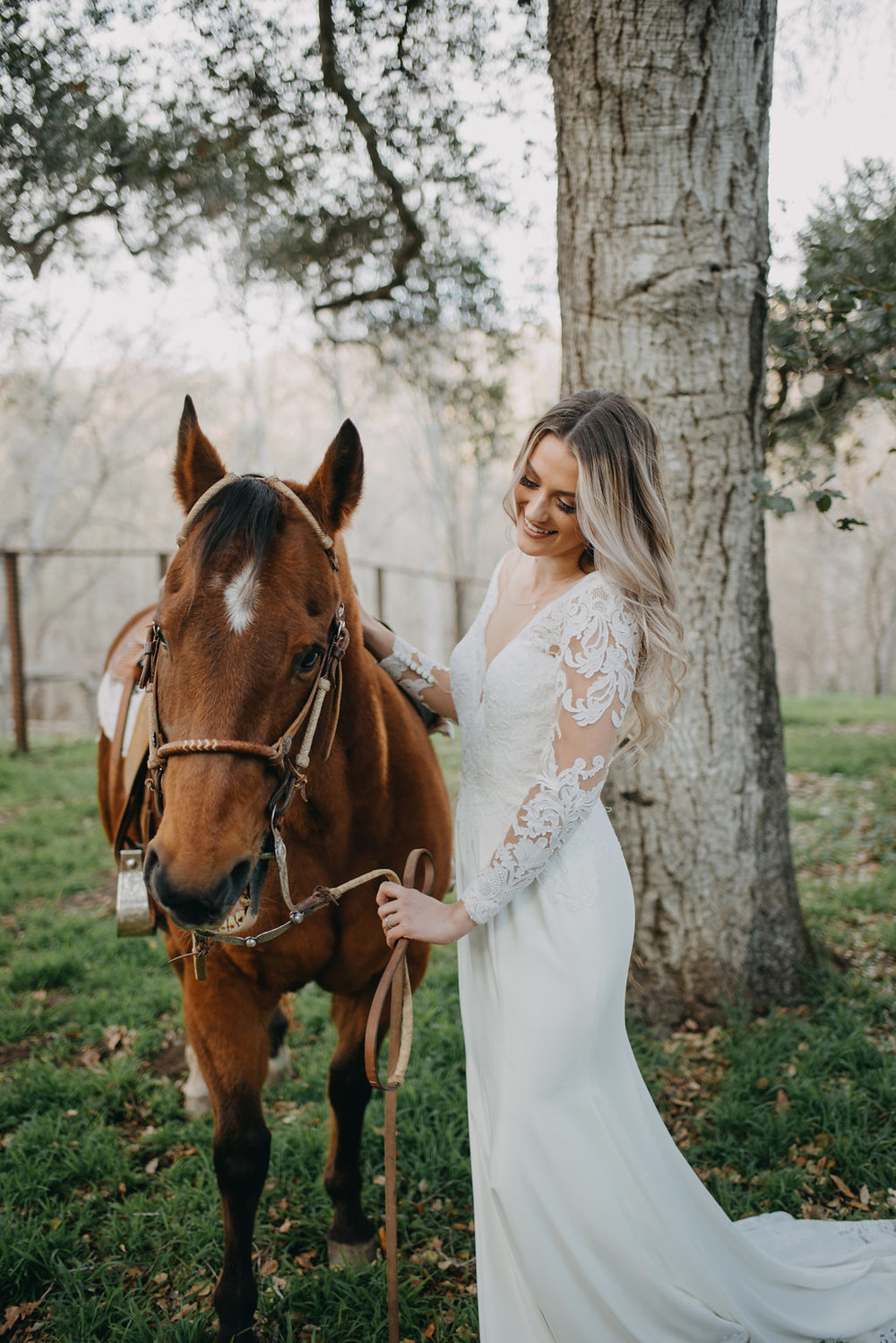boho wedding shoot, horeseback riding