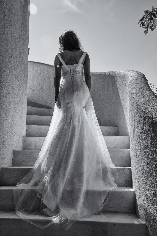 lace up wedding dress custom made wedding dress under $1000