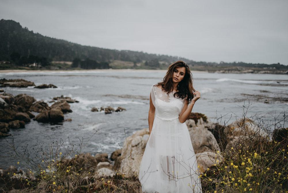 beach side wedding for summer lightweight wedding dress
