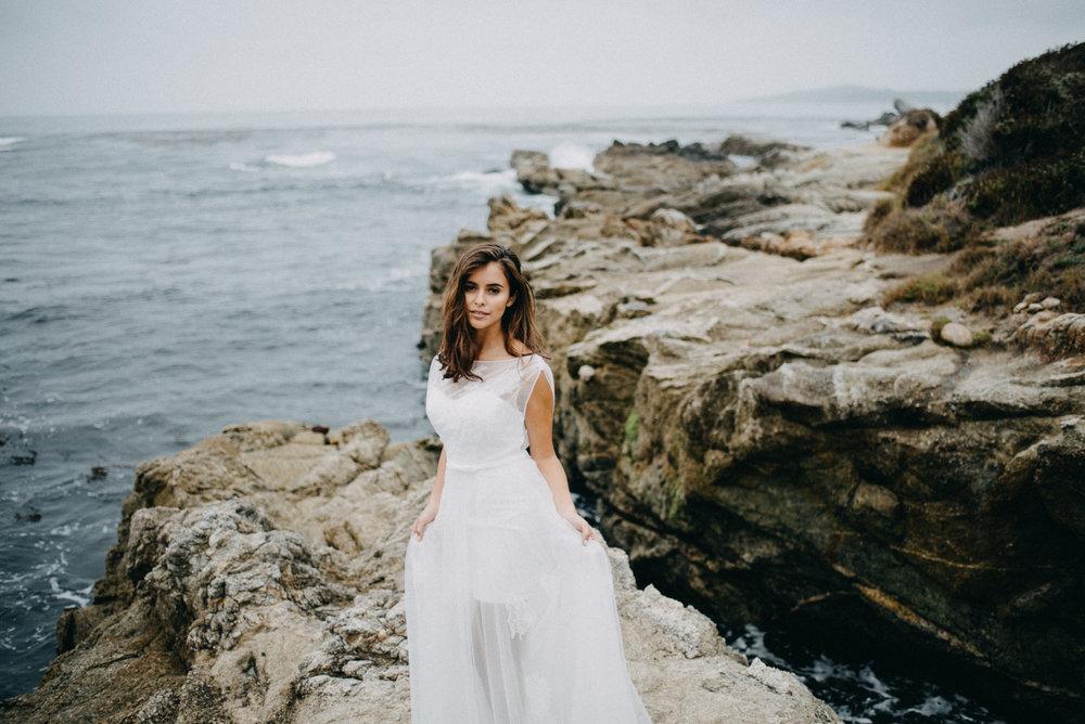 affordable wedding dress under $1000