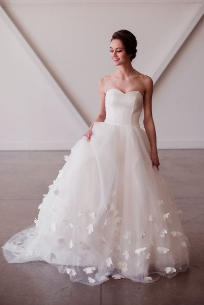 simple modern clean wedding dress with sweetheart neckline and 3d floral appliques butterfly wedding dress