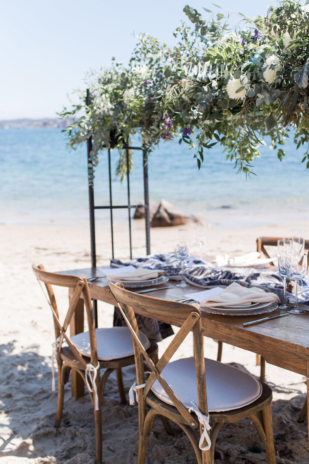 summer wedding beach wedding outdoors tablesetting