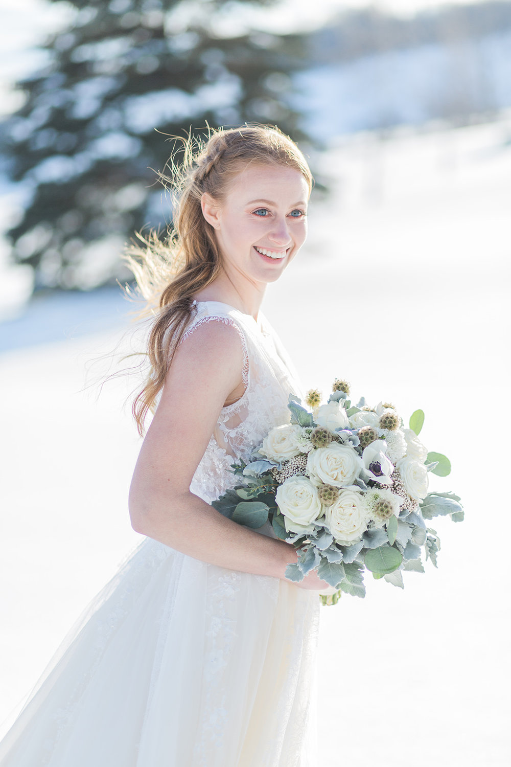 snowy winter wedding outdoor wedding photography