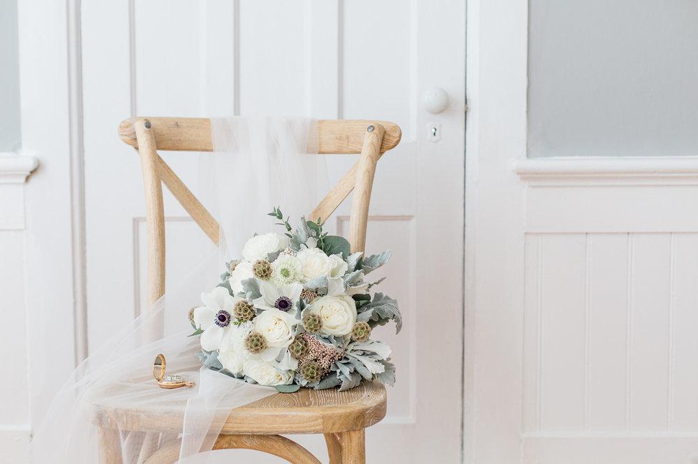 winter flowers wedding bouquet