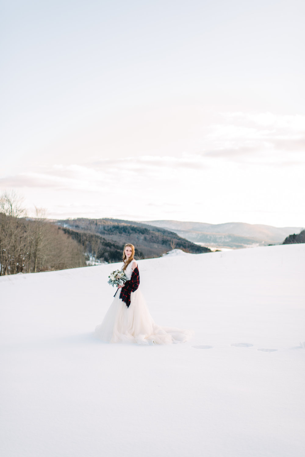wedding in the snowy mountains perfect outdoors wedding photo