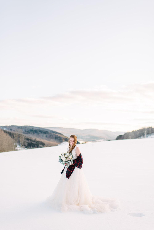 beautiful sunset wedding photography snowy mountain wedding