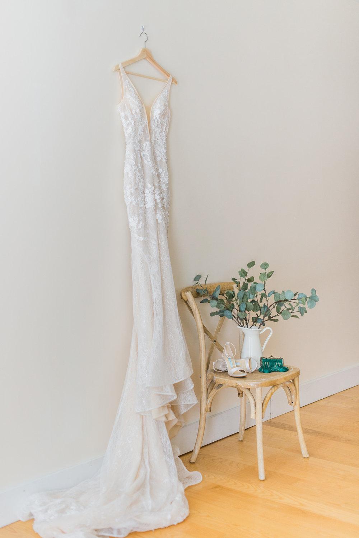 simple modern wedding dress photo