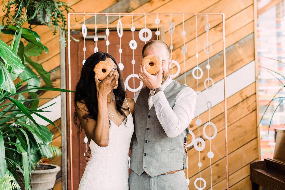 fun wedding photo ideas elopement photo tips