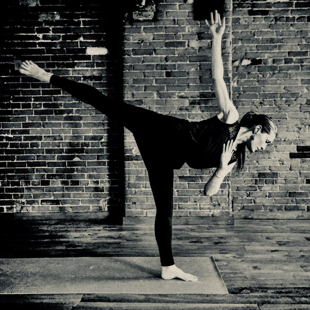 meredith_balance_duotone.jpg