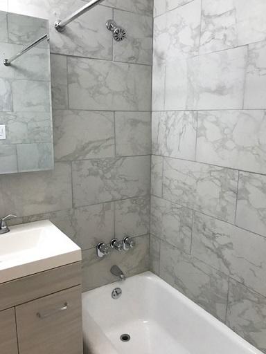 245E35-bath1.jpg