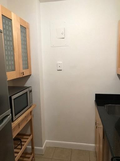 245E35-kitchen1.jpg