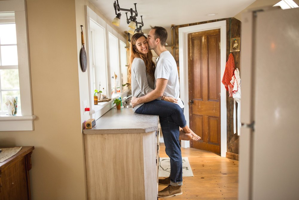 Indoor-Intimate-Engagement-Session09.jpg