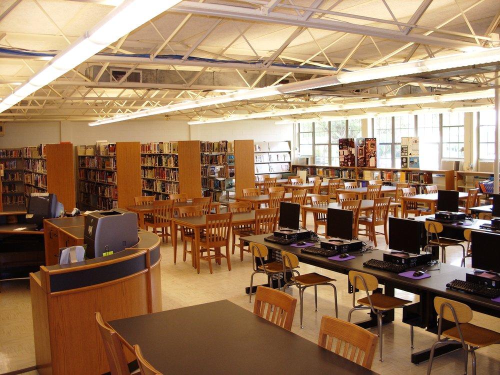 Beau Edna Karre Elementary School