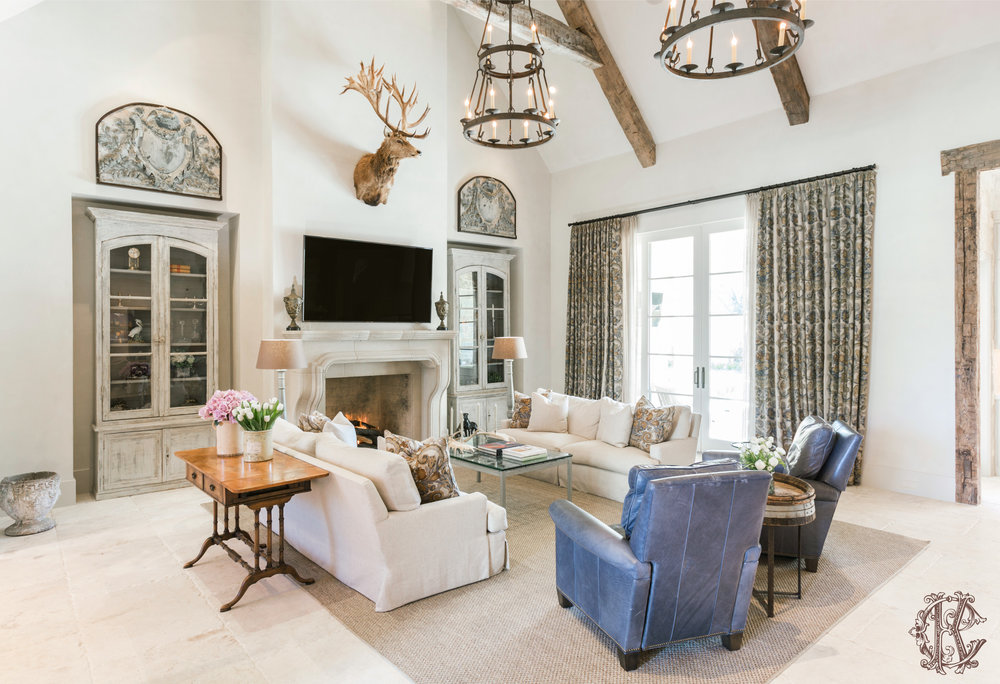 Kara Childress, Inc. draws in natural light and elements into Houston residence