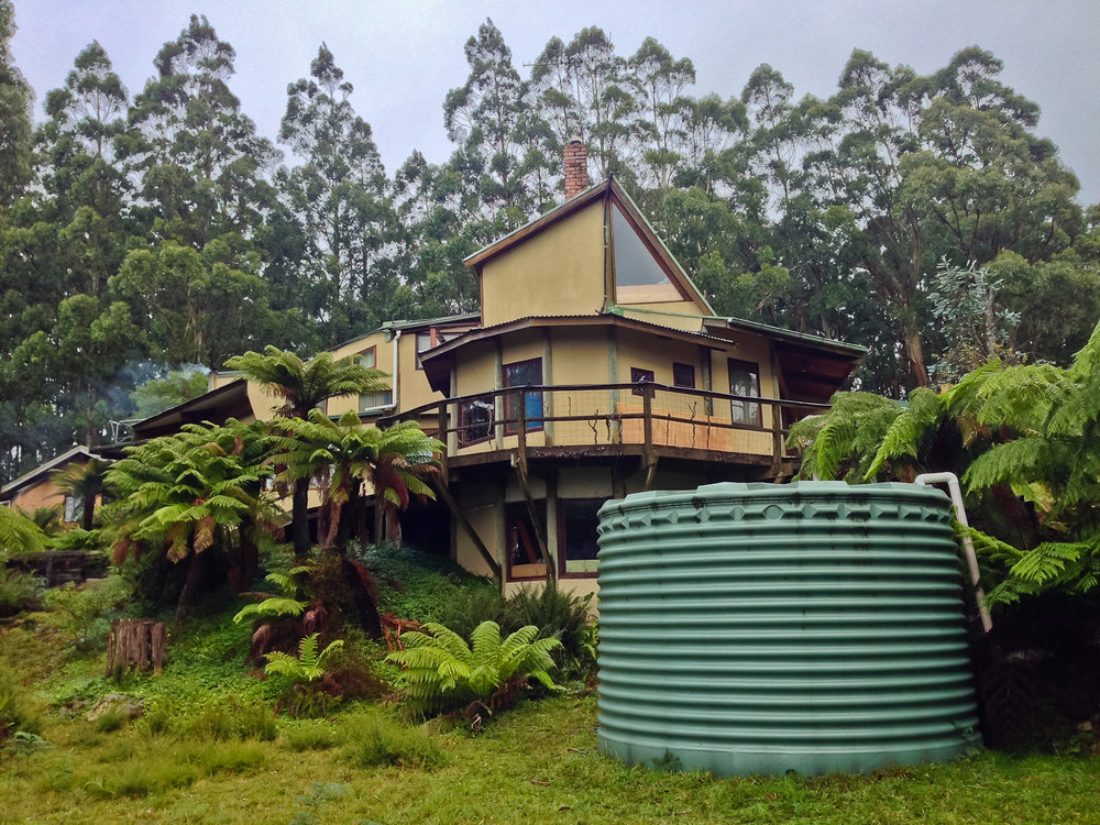 Cool house w_ water tank.jpg