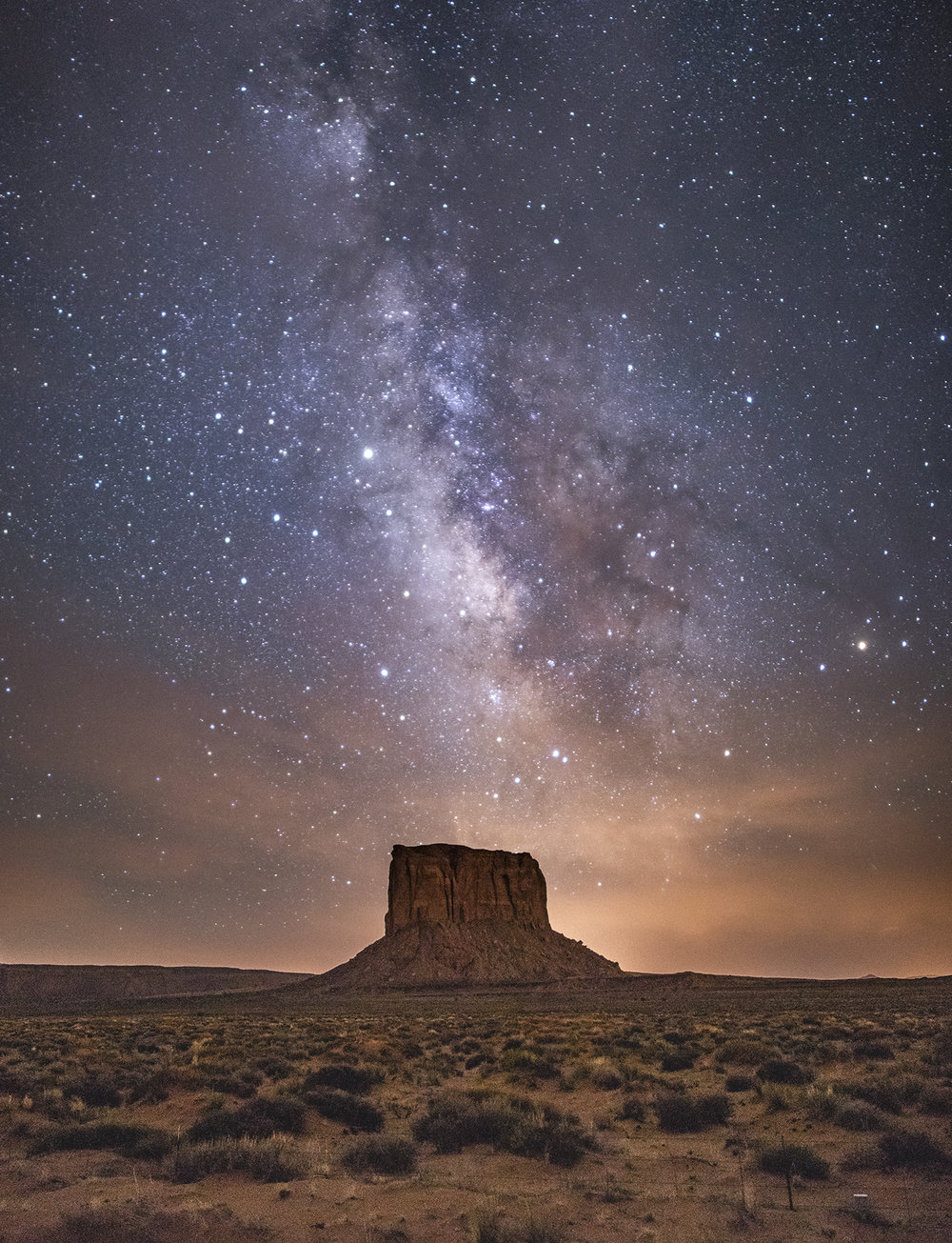 Monument Valley - Oljato Monument Valley Navajo Tribal Park // Photographer: Jason Wilson // Canon 5D Mark IV + Rokinon 24mm f/1.4 // ISO 3200, f/1.4, 20